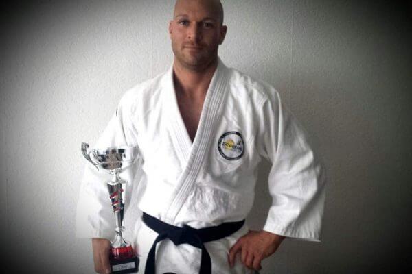 WCA Meisterschaft gewonnen