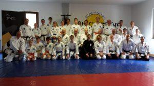 ASD-Karate Gruppe im Dojo